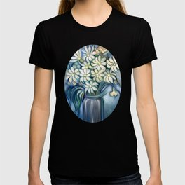 """""""Retro Vintage Bouquet of White and Blue Flowers"""" T-shirt"""
