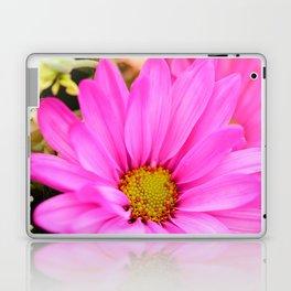 Pink Daisy Petals macro Laptop & iPad Skin