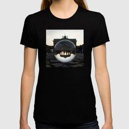 Brandenburg Gate, Berlin Germany / Glass Ball Photography T-shirt