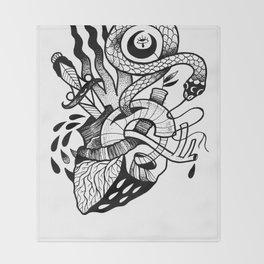 HEARTHOLOGY Throw Blanket