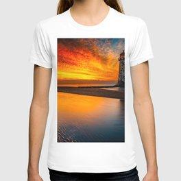 Old Lighthouse Sunset T-shirt