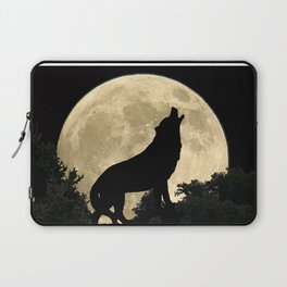 Wolf Howling at the Full Moon A303 Laptop Sleeve