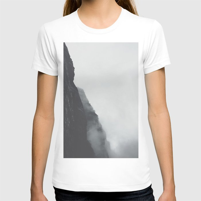 Black And White Misty Cliff Photography Mystery Foggy Landscape T-shirt