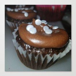 Chocolate Oreo crunch cupcakes Canvas Print