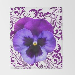 LILAC PURPLE PANSY SPRING FLORAL PATTERN Throw Blanket