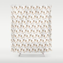 Grooming hare pattern Shower Curtain