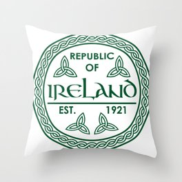Republic of Ireland - EST. 1921 St.Patrick's Day Awesome Shirt Throw Pillow
