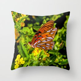 Monarch Butterfly Sitting on a Leaf Throw Pillow