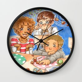 Kastaniengalaxie Wall Clock