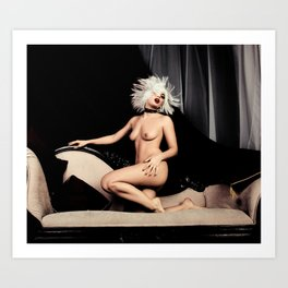 Naked sexy halftone effect hot girl.  Art Print