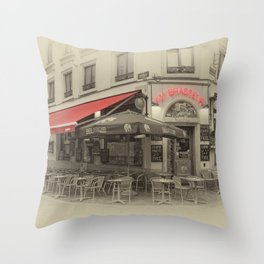 Au Brasseur Throw Pillow