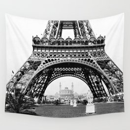 Vintage Eiffel Tower Photograph Wall Tapestry