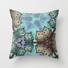 owl-99 Throw Pillow