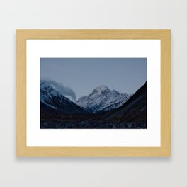 aoraki at dusk Framed Art Print