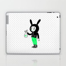 Un pececito para un conejito Laptop & iPad Skin