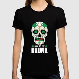 St. Patricks Day Sugar Skull Clover Day Of The Drunk T-shirt