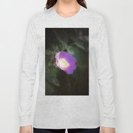 glowing old fashioned rose elegance Long Sleeve T-shirt