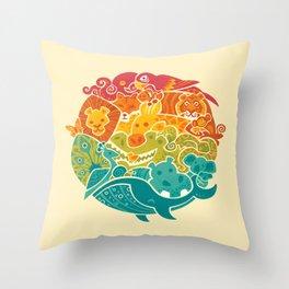 Animal Rainbow - cream Throw Pillow