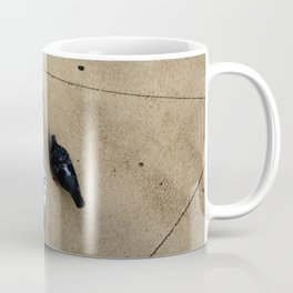The pigeons' snack time Coffee Mug