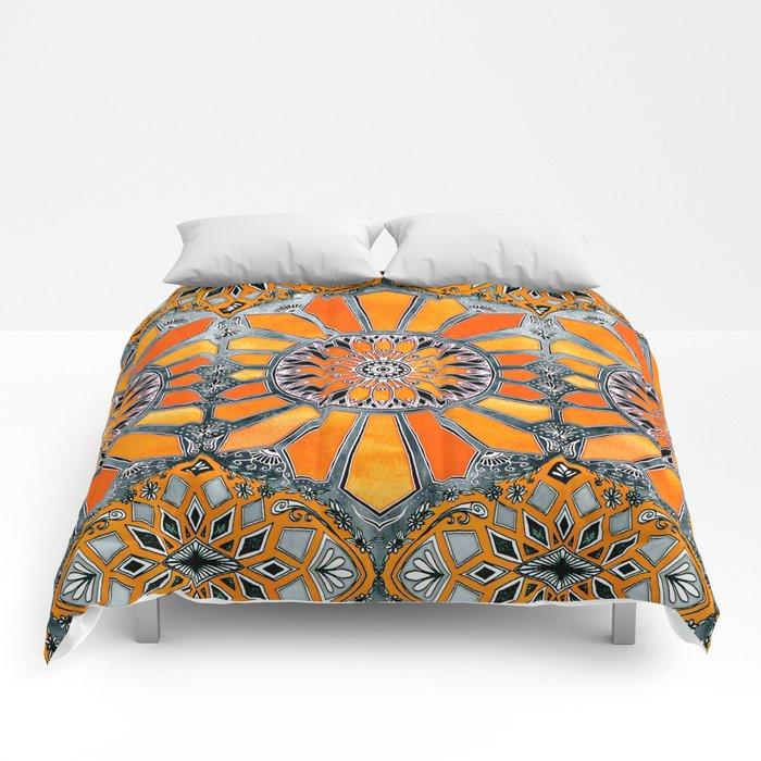 Celebrating the 70's - tangerine orange watercolor on grey Comforters