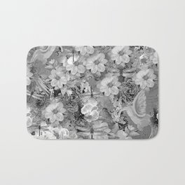 PARROTS MAGNOLIAS ROSES AND HYDRANGEAS TOILE PATTERN IN GRAY AND WHITE Bath Mat