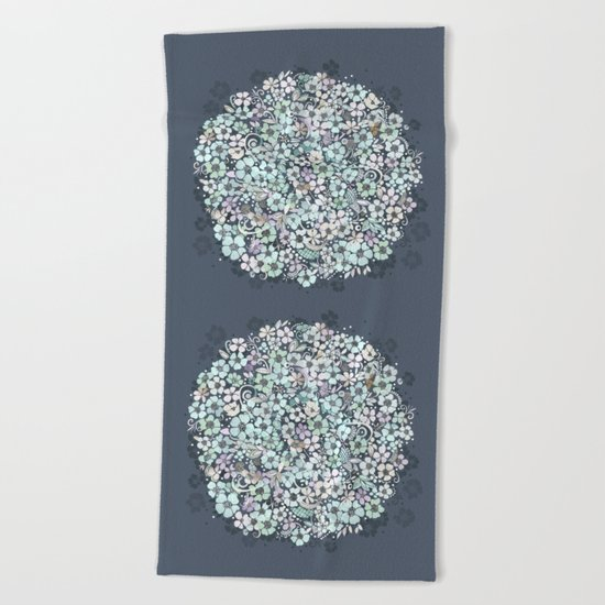 Flower Circle, mist blue Beach Towel