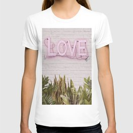 Love Sign T-shirt
