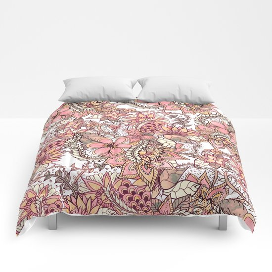 Boho chic red brown floral hand drawn pattern Comforters