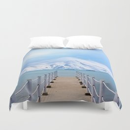 Meet me in the middle Duvet Cover