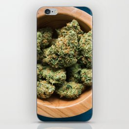 A Bowl of Citral Skunk iPhone Skin