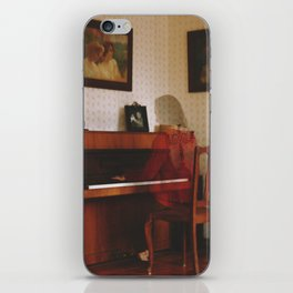Piano lesson iPhone Skin