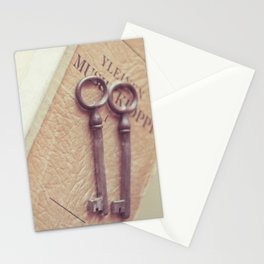 Read To Live Stationery Cards