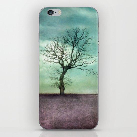 ATMOSPHERIC TREE I iPhone & iPod Skin