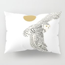 Art print: The snowy owl in flight Pillow Sham