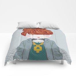 Fashion Doll Illustration 4 Comforters