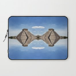 Chichen Itza Pyramid, Mexico Laptop Sleeve