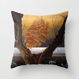An der Shwelle Throw Pillow