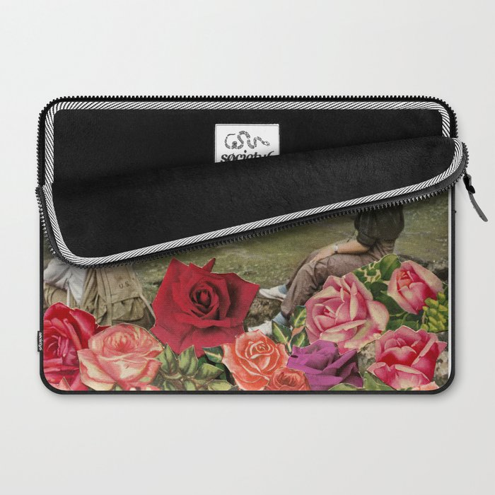 Life is a Bed of Roses Laptop Sleeve