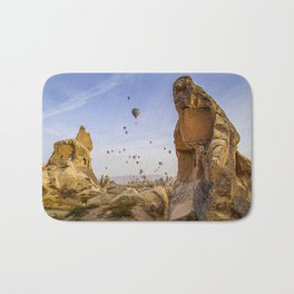 Sunrise scenery with air balloons Bath Mat