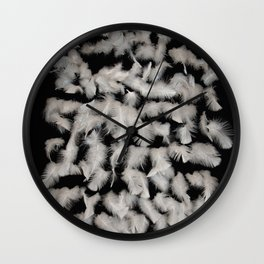 Quivering feathers Wall Clock