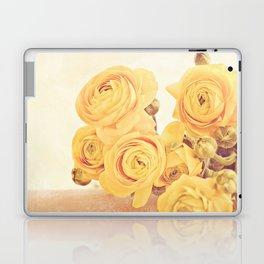 Mellow yellow Laptop & iPad Skin
