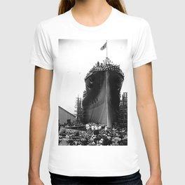 USS Arizona, Navy Yard, New York T-shirt