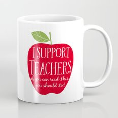 I Support Teachers (apple) Mug