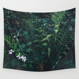 Fleurs Vertes Wall Tapestry
