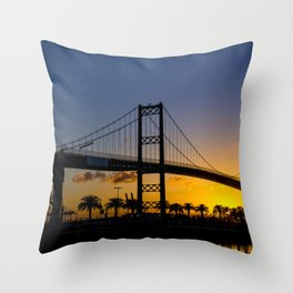 Where man and sky meet in the morning Throw Pillow