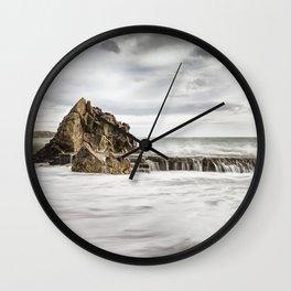 Ocean Sorm 4 Wall Clock