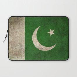 Old and Worn Distressed Vintage Flag of Pakistan Laptop Sleeve