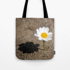 daisy in the sand Tote Bag