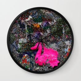 Dragon in paradise Wall Clock