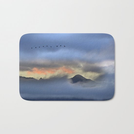 """Sunrise at the mountains"". Birds in the morning. Bath Mat"